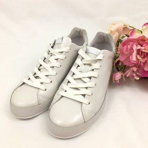 Rag & Bone Rb1 Off-White Low Top Sneakers